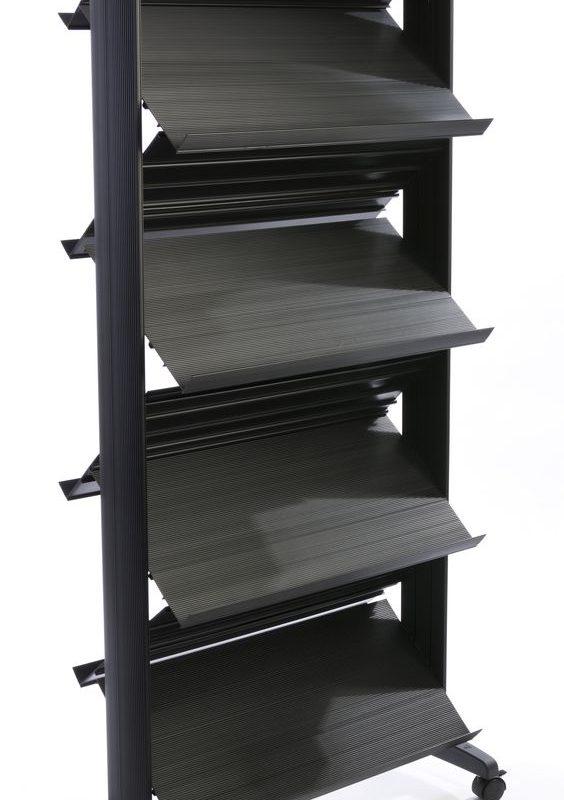metal katalog standlari